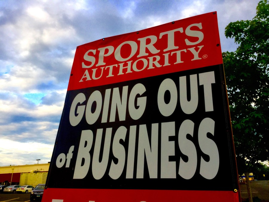 Sports Authority Accelerates Store Closings